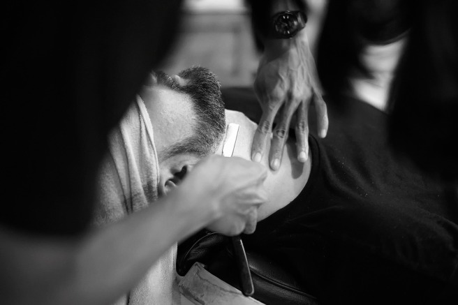 barber-1979440_1280