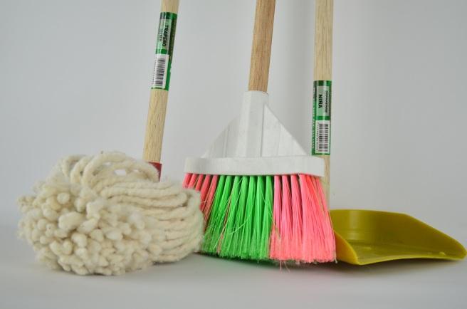 broom-1837434.jpg
